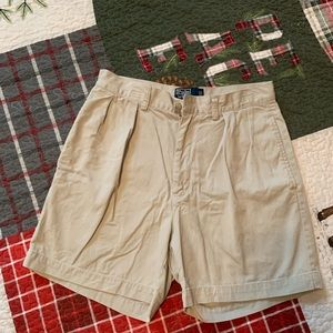 POLO RALPH LAUREN CLASSIC PLEATED FRONT SHORTS